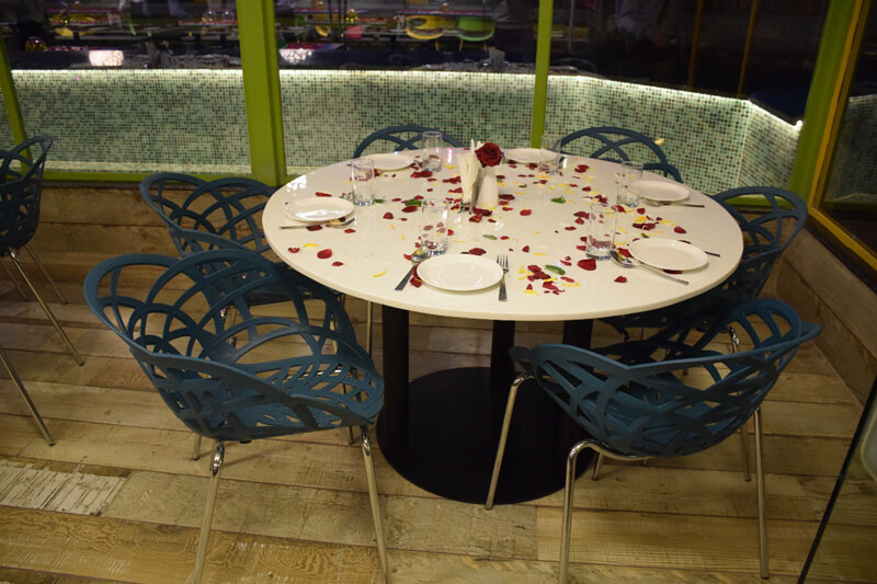 group table arrangement at global falcon restaurant