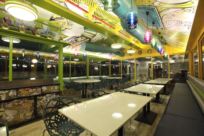 multi cuisine restaurant - hummingbird hotel