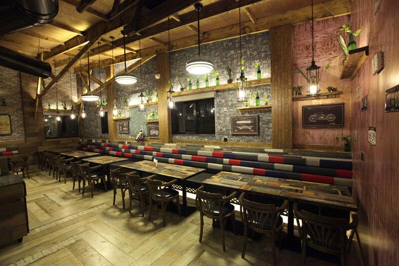 Best Restaurant in Vallabh Vidyanagar Anand - Hummingbird Hotel