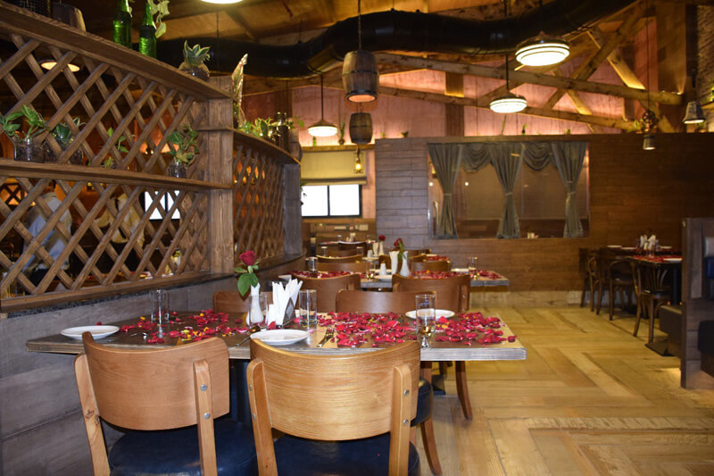 family seating arrangement  at maharaja falcon restaurant