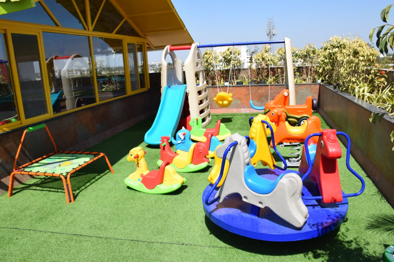 fun activities for kids at hummingbird hotel