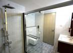 executive room bathcubics - hummingbird hotel
