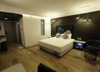 premium Jacuzzi room - hummingbird hotel